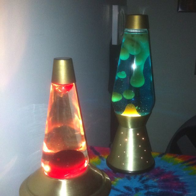 Groovy Mod Starlight Gold Lava Lamp with Clear and Red Lava