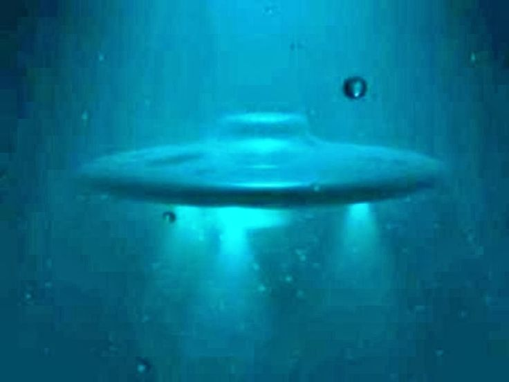 an overview of the unidentified flying object phenomenon 1 description 2 history 21 ancient accounts 22 ufos in the modern era 3 ufology 31 alien abductions 32 other phenomena attributed to.