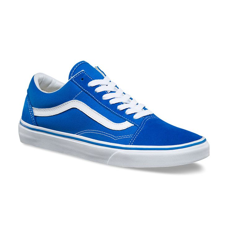 Vans The Suede/Canvas Old Skool, the Vans classic skate shoe and first to bare the iconic sidestripe, is a low top lace-up featuring sturdy canvas and suede uppers, re-enforced toecaps to withstand re