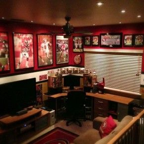 Sports 49ers Man Cave ideas from getitcut.com