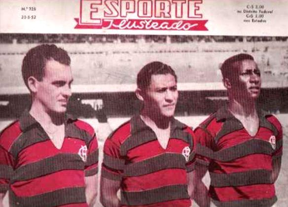 Briá, Dequinha e Jordan. Jogador de estilo clássico, Bria foi o ponto de equilíbrio de uma linha média que contava ainda com Biguá e Jaime, trio que foi fundamental na conquista do primeiro Tri-Campeonato Carioca da história do clube em 1942, 1943 e 1944. Além do tri-campeonato carioca, o craque paraguaio também conquistou vários torneios nacionais e internacionais.