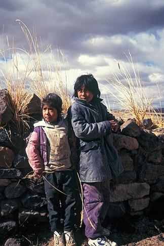 aymaranakax utji Chili markana (there are Aymaras in Chile)