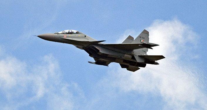 Vídeo: filtran el primer lanzamiento del misil Brahmos por un Su-30 indio  Más: https://mundo.sputniknews.com/fuerzasarmadas/201610101064020682-halcones-guerra-rusia-eeuu-otan/