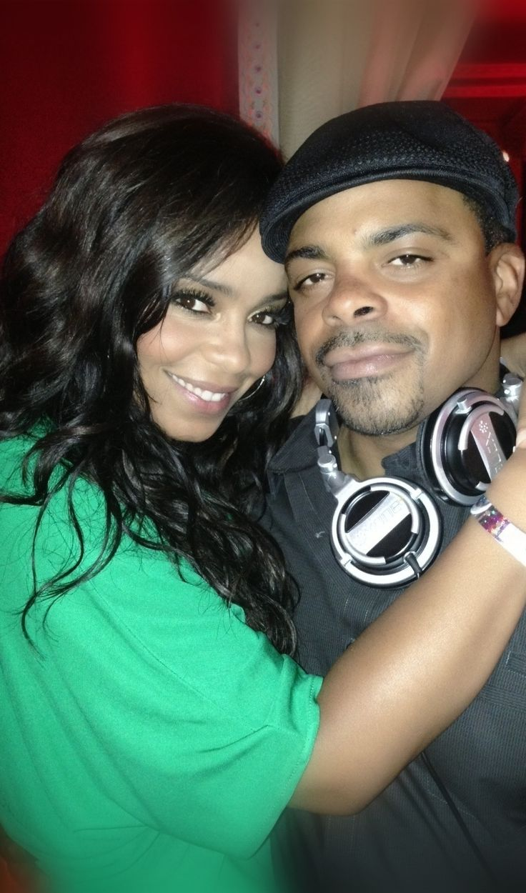Photo of Sanaa Lathan & her Brother  Tendaji Lathan