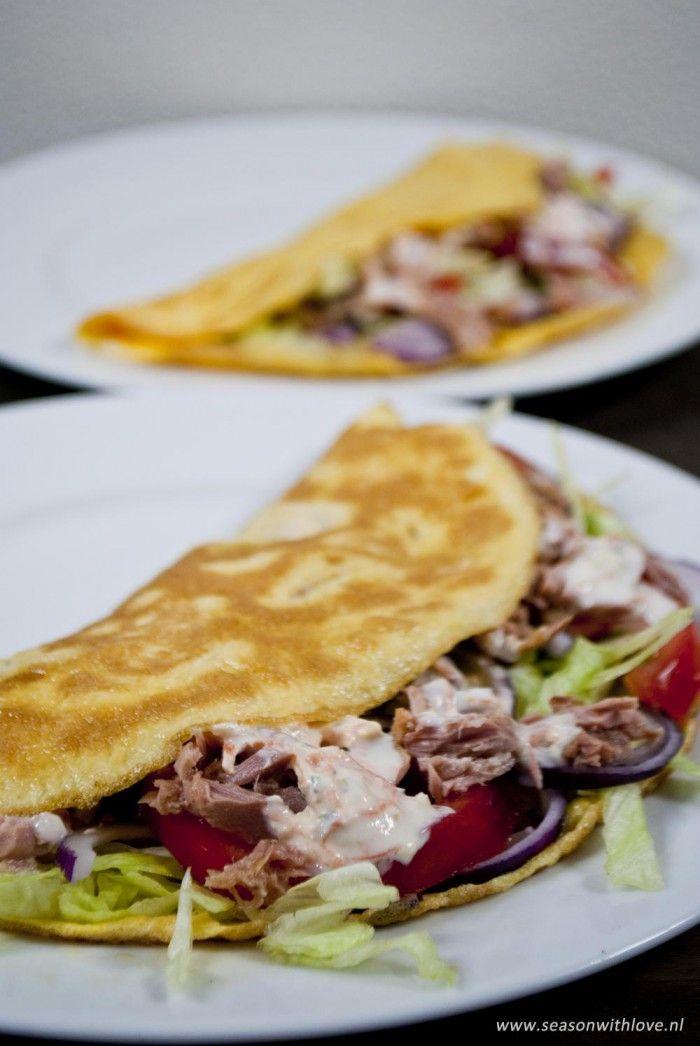 Gezonde omelet met tonijn. -Recept in bron.