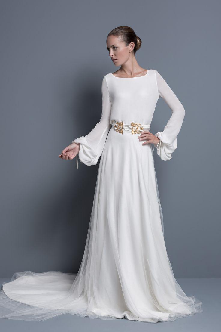 La firma COLOUR NUDE propone un estilo contemporáneo, moderno y diferente en sus vestidos de novia.