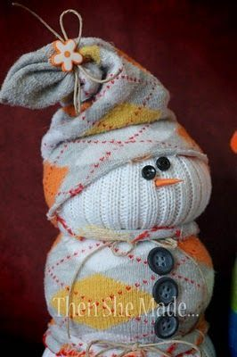 the cutest, easiest, little snowman you'll ever make – oh I just love the sock snowman. did these a couple of years ago as a classroom craft for a 4th grade Christmas party and they all came out so stinkin' cute!!
