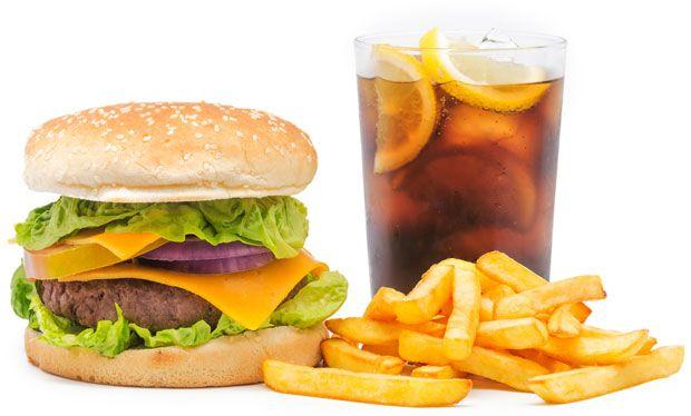Alles was Sie über Slow Food gegenüber Fast Food. Was sind die Unterschiede zwischen diesen beiden Arten von Nahrungsmitteln. zu wissen brauchen. Loggen Sie sich ein für mehr.