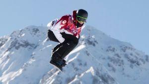 Canada's Mark McMorris flies through the air during a qualification run at the Sochi Winter Olympics in Krasnaya Polyna, Russia, Thursday, Feb. 6, 2014. (Jonathan Hayward / THE CANADIAN PRESS)