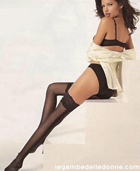 Adriana Lima  Autoreggenti nere