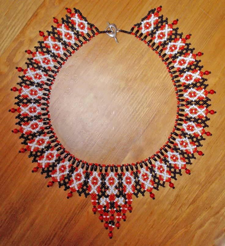 Free pattern for necklace Folk Dance Click on link to get pattern - http://beadsmagic.com/?p=4643