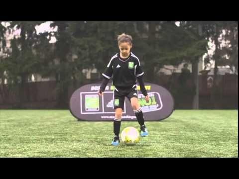 Mastery Monday - Learn Soccer / Football Skills #3 Shuf... 1