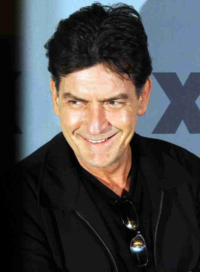 Charlie Sheen on being diagnosed with HIV: 'I immediately wanted to eat a bullet'  #CharlieSheen #MichaelStrahan