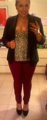 fuckyeahchubbyfashion:    Loren-22-TXUS 14/16  my outfit for a coworker's birthday dinner  glitter tank-JCP-XL (cute, but itchy!)magenta jeans-Target-17blazer-my mom's-14shoes-DSW-10