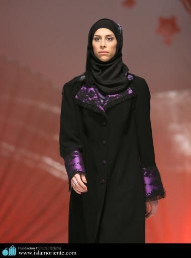 Mujer musulmana y desfile de moda - 24