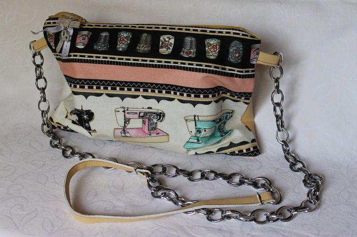 pochette vintage stile macchine da cucire, by Magie di Mais e Perline, 25,00 € su misshobby.com