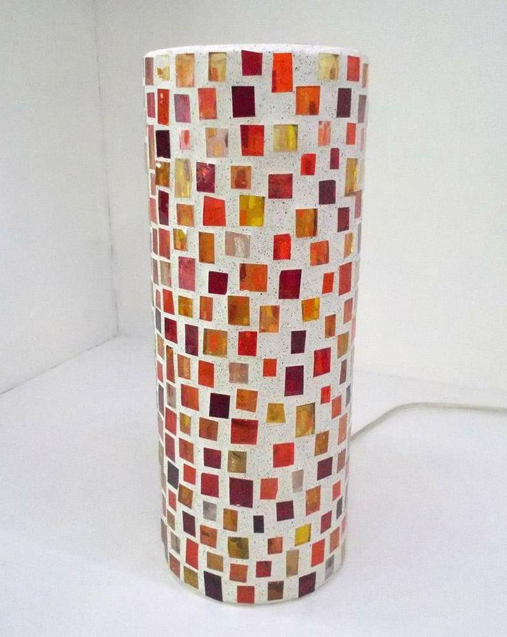 """Lampada da tavolo in mosaico di vetro by """"Artinfiera - Associazione Nazionale degli Artisti Artigiani"""" #artigianato #piemonte #artigianoinfiera #handmade #handcraft"""