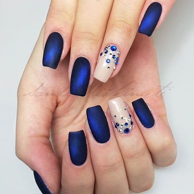 27 Stunning Examples of Cobalt Blue Nails For Elegant Ladies