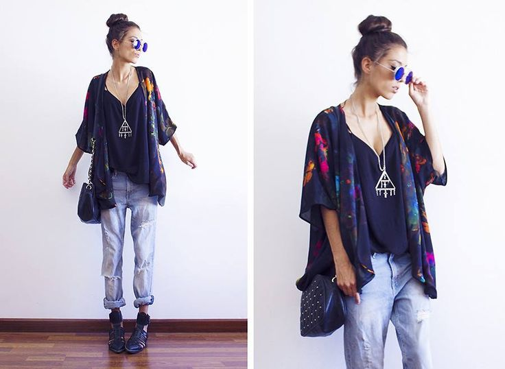 A messy bun, ‪#‎retro‬-styled ‪#‎sunnies‬, & ‪#‎kimono‬ make for the perfect ‪#‎bohemian‬ look! (by Sofia Reis of The Mexiquer Blog)
