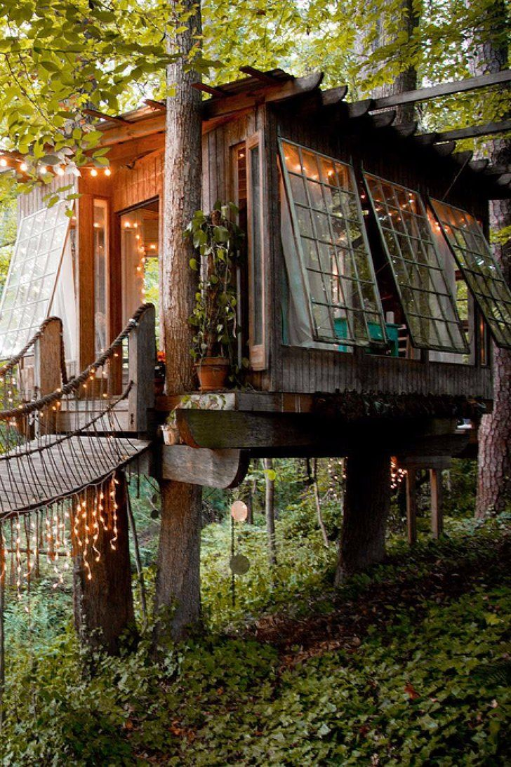 This Enchanting Tree House Is Airbnb's Most Requested Place to Stay