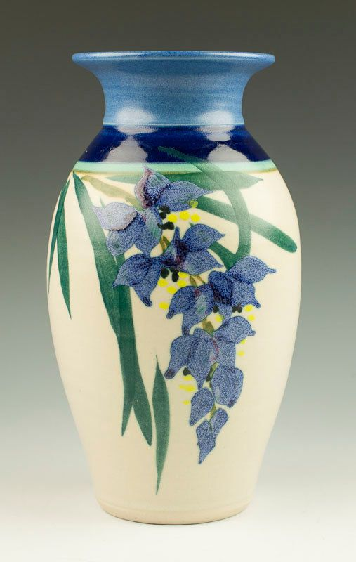 Moon Road Hilo Hawaii Handmade Wisteria Flower Studio Pottery Vase Signed Hawaiian Stoneware