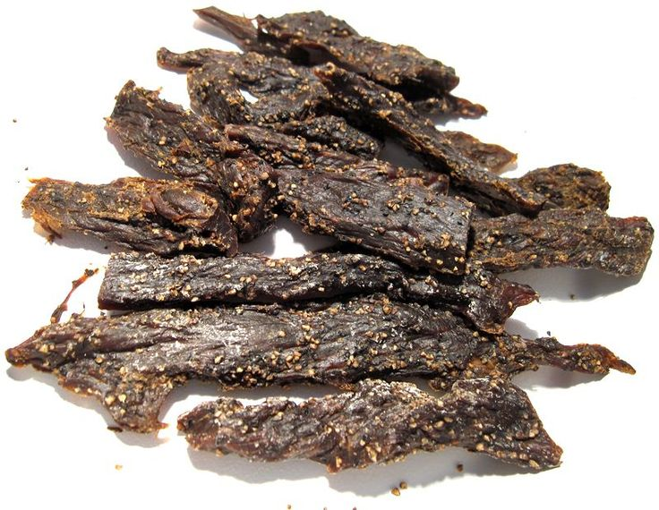 This looks delicious...going to try it: Mom's Famous Elk Jerky Recipe