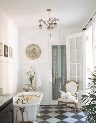 simply natural: A bit of bathroom glamour