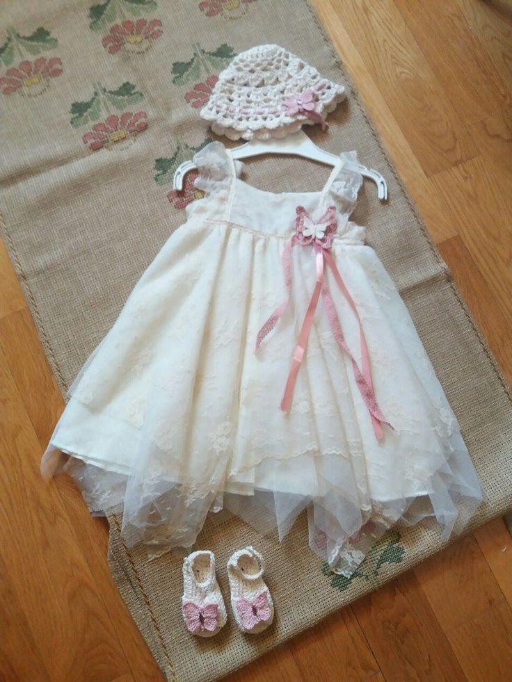 Crochet Butterfly Adornment on Christening Set for Girls Baptism, handmade crochet patterns, Baby Boutique, Baby Girl crochet shoes & Hat I διακόσμηση φορέματος για βάφτιση, χειροποίητη πλεκτή πεταλούδα, χειροποίητα σανδάλια και καπέλο, πλεκτά σανδάλια, πλεκτό καπέλο, ροζ πεταλούδα