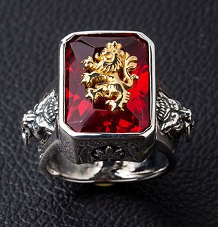 Res Stone Rasta 925 Sterling Silver Ring. Red stone lion carved sterling silver ring.