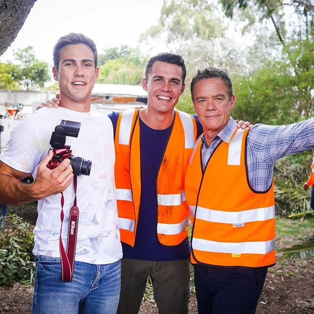 What are these characters up to? #Neighbours @andrew_j_morley @mattywilson