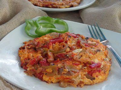 Oμελέτα με μανιτάρια,τυρί,πιπεριά,και ντομάτα ,υπέροχη με γεύση πίτσας !!