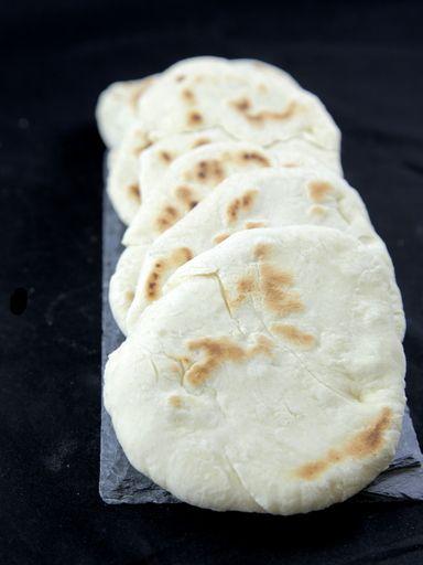 Pitas - pains grecs à garnir Marmiton http://www.marmiton.org/recettes/recette_pitas-pains-grecs-a-garnir_38611.aspx