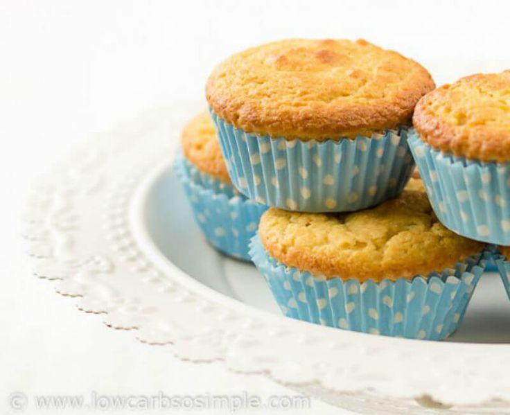 Ett recept på mejerifria muffins som är superenkla att baka. Endast fem ingredienser och tar inte lång tid att svänga ihop. Perfekt som LCHF-fika.