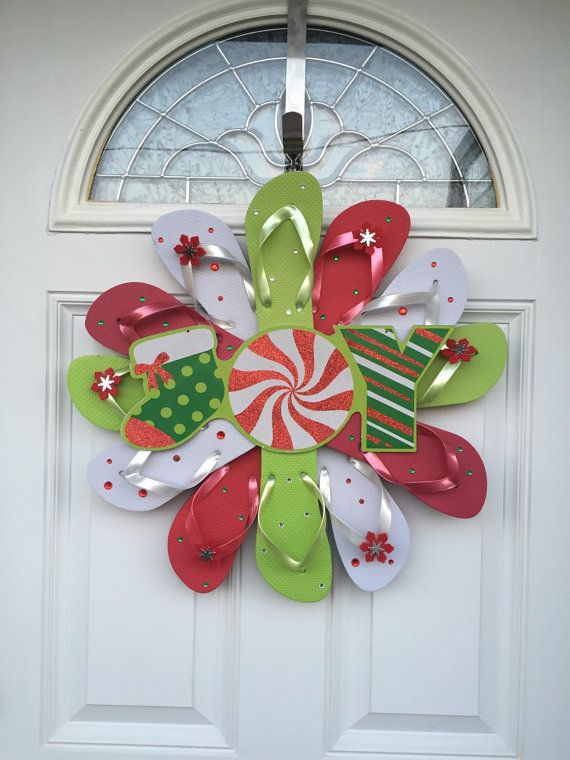 ORDERS WILL SHIP WITHIN 24 HOURS! Through 12/16 use coupon code MerryChristmas to get 15% off! Flip Flop Christmas Wreath, Decorate your door or