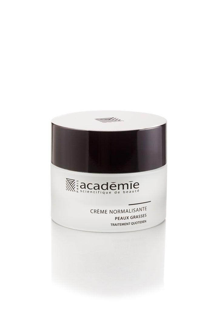 La Crème Normalisante Académie Visage d'Académie Scientifique de Beauté offre confort et matité aux peaux grasses.