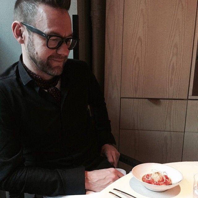 Jocke Berg staring at the food that Bjorn Frantzen  and Robert Sandberg made  at Carl Falk house