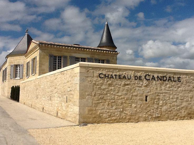 Venez découvrir le château de Candale en réservant votre visite sur Wine Tour Booking