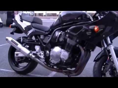 硬派で無骨な男らしさを追求、スパルタンなフォルム、鉄(くろがね)のボディ。貴方をストイックな走りの世界へといざなう…これぞ男の中の男のバイク、SUZUKI GS1200SS! - LAWRENCE - Motorcycle x Cars + α = Your Life.