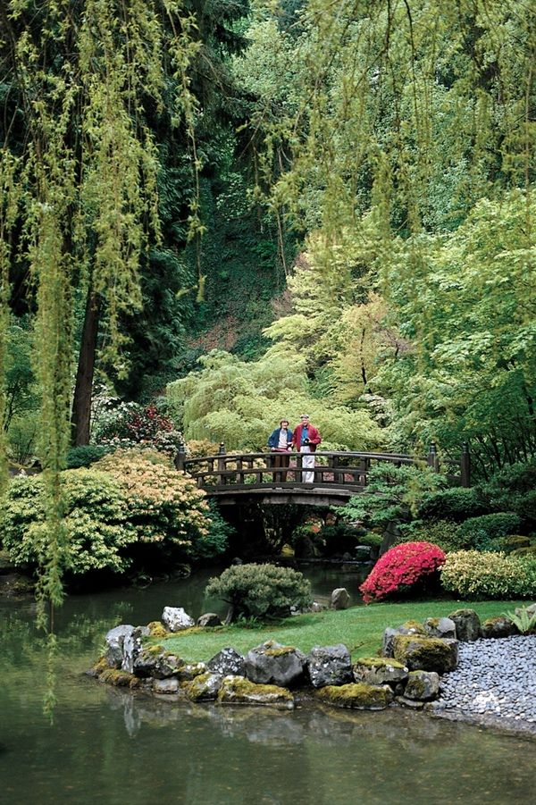 Getting back to nature. Portland Japanese Garden - This spot is definitely on our list of stops and must see attractions! Beautiful! #estoroadtrip