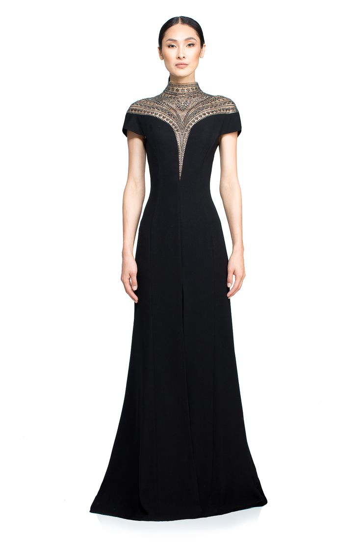 Piper Gown l Tadashi Shoji