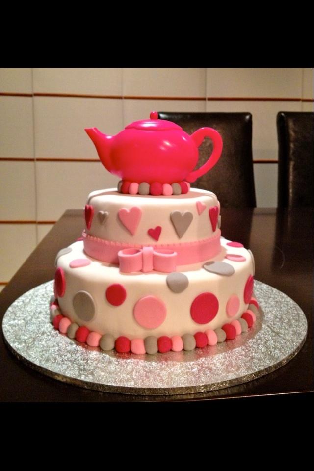1st attempt at a kitchen tea cake...