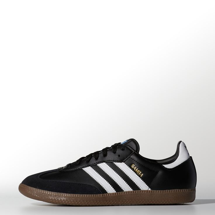 Adidas Samba - sharper nose & shorter tongue than samba classics