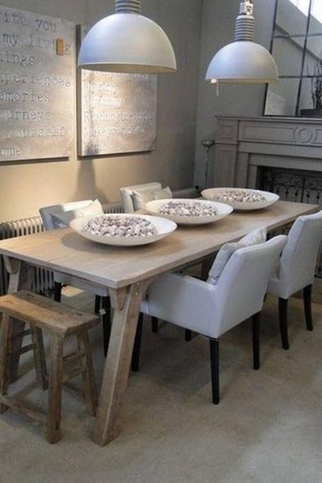 neutral shades of greige - limed dining table and industrial lighting - Interieur ( Falling in love )   Verliefd... aan de Linge