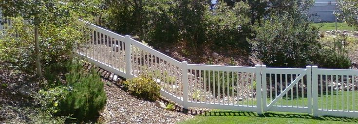 Privacy Fence On A Slope Quotes Front Yard Pinterest