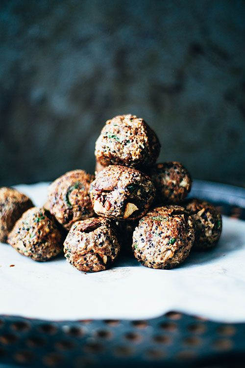 "Mushroom, Quinoa and Spinach Vegan ""Swedish Meatballs"" -- these would make a great, utensil-free appetizer for a summer barbecue. especially with a sweet bbq dressing!"
