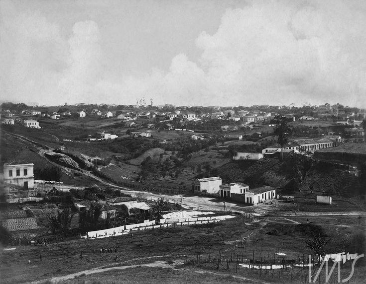 Vale do Saracura, c. 1900. Região da atual praça 14 Bis, São Paulo / Acervo IMS. Vincenzo Pastore.