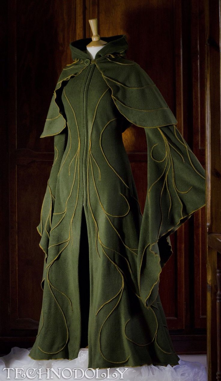 This green robe embroidered with swirls looks like something a Tolkein-style elf would wear.