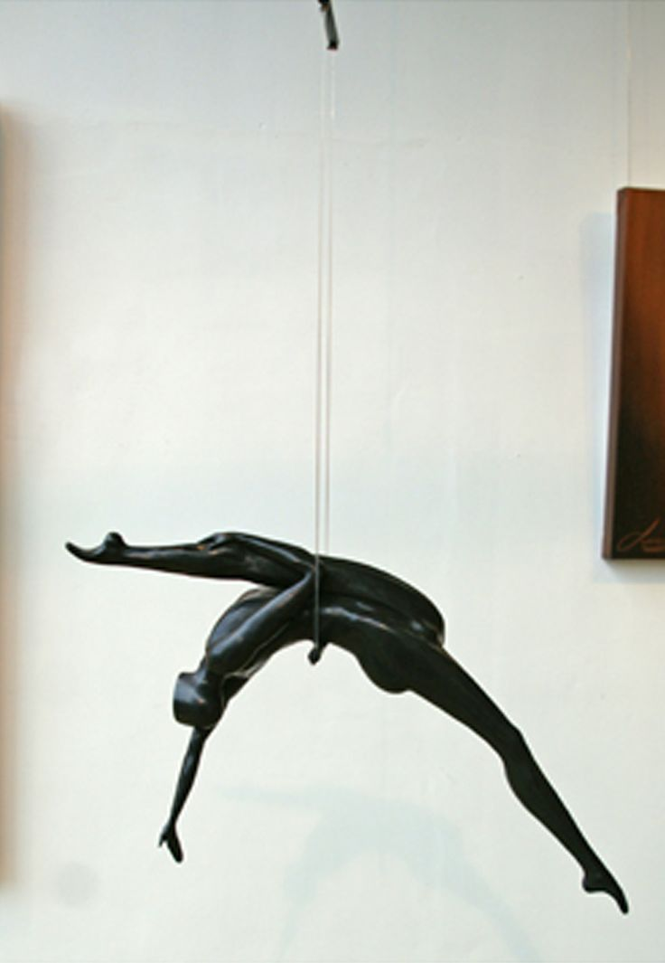 Balance / Bronze Sculpture by Corinna de Jong