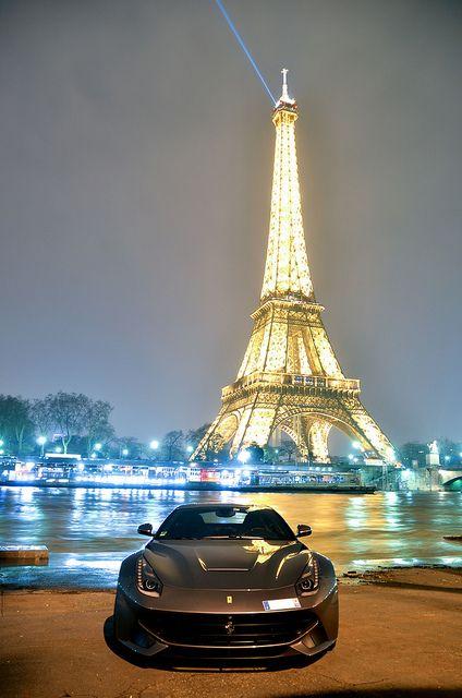 Ferrari #F12 #Berlinetta #Paris #Eiffel