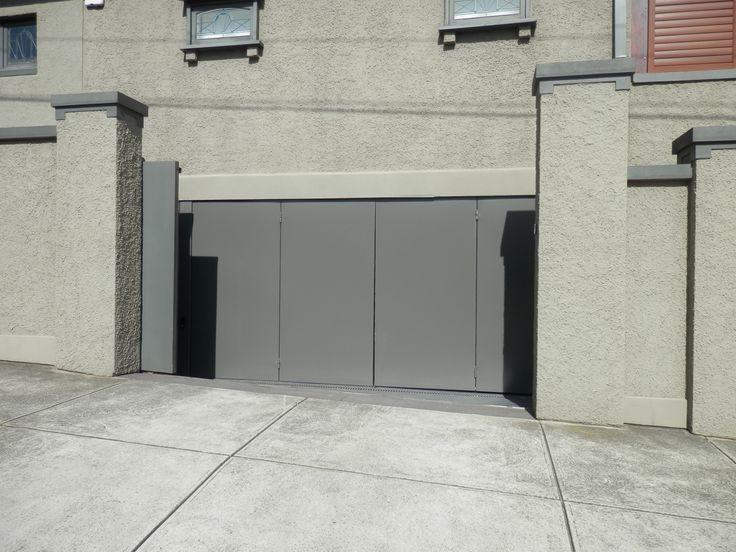 Bi-fold Trackless Automatic Gates/Doors - http://www.themotorisedgatecompany.com.au/bifold-gates